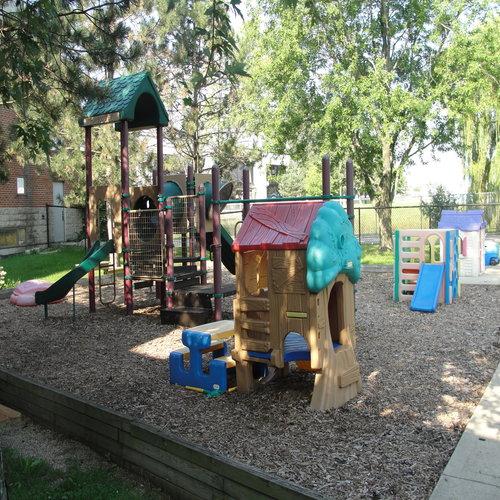 Preschool-Facilities-Outdoor-Gym